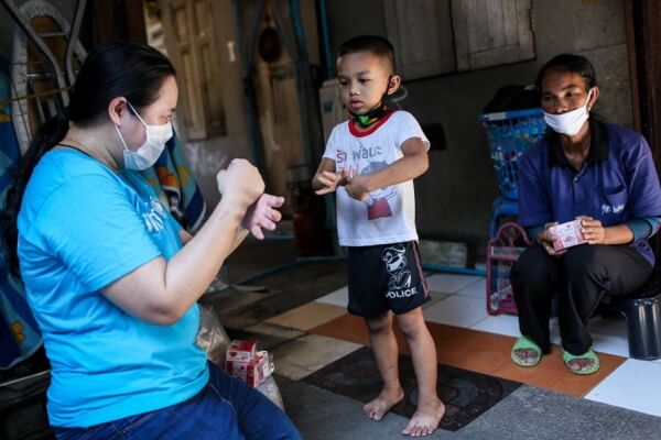Unicef promoting health and hygiene practice